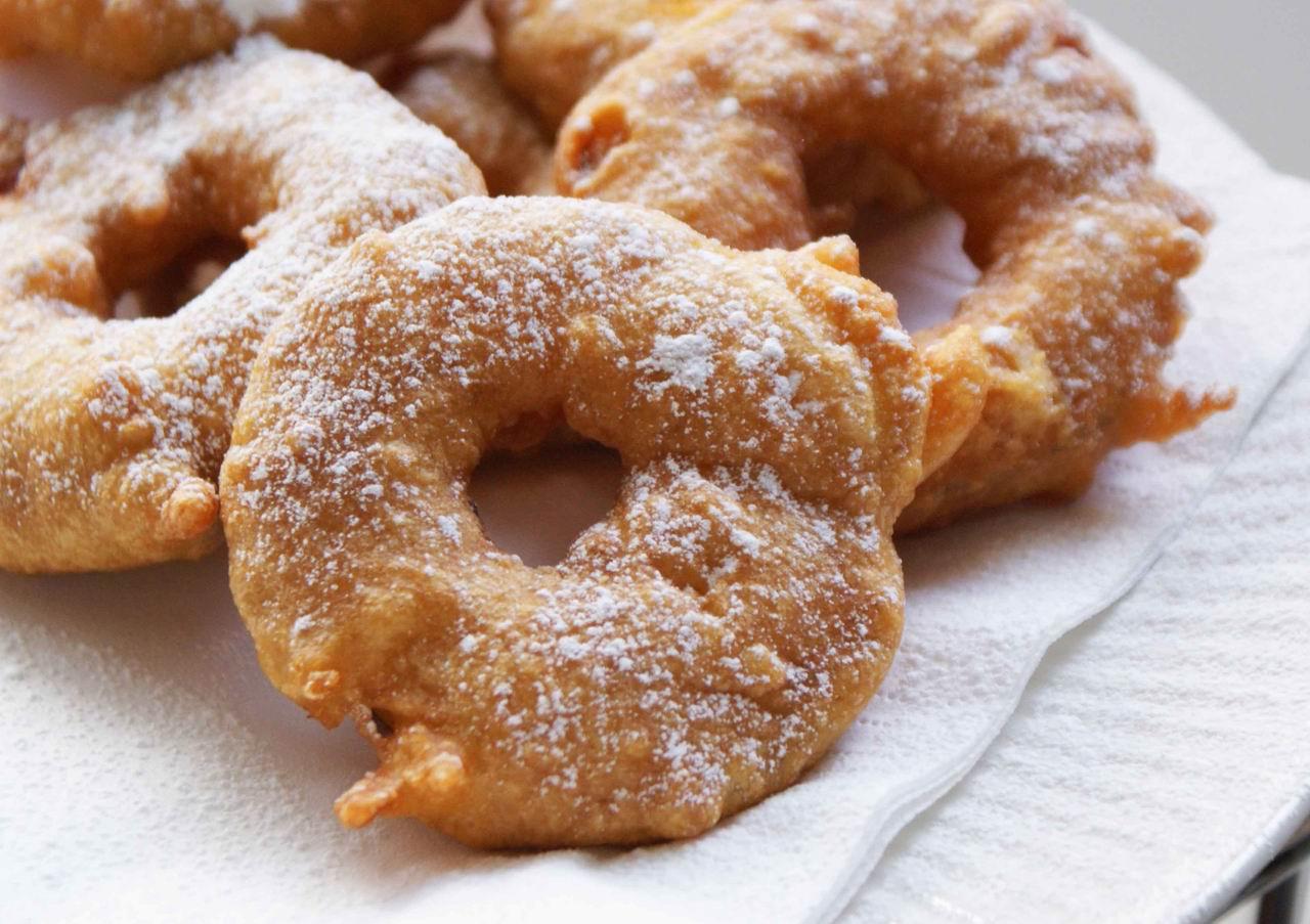 Recettes du chef recette des beignets aux pommes - La ferme aux beignets ...