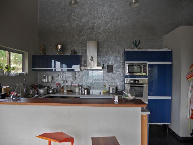 maison d 39 architecte vendre tahiti cuisine salon. Black Bedroom Furniture Sets. Home Design Ideas
