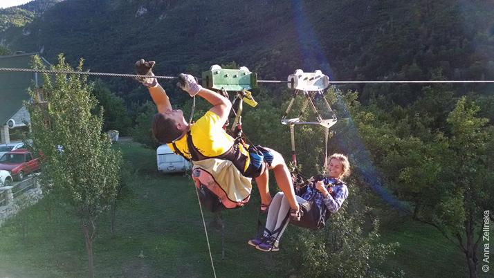 Спасение на Zip Line, Черногория