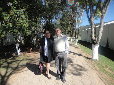 Mamãe e Papai  / maio 2012