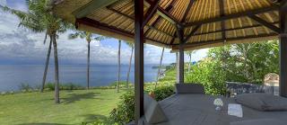 Hotel bintang 5 di bali yang terletak di pinggir pantai