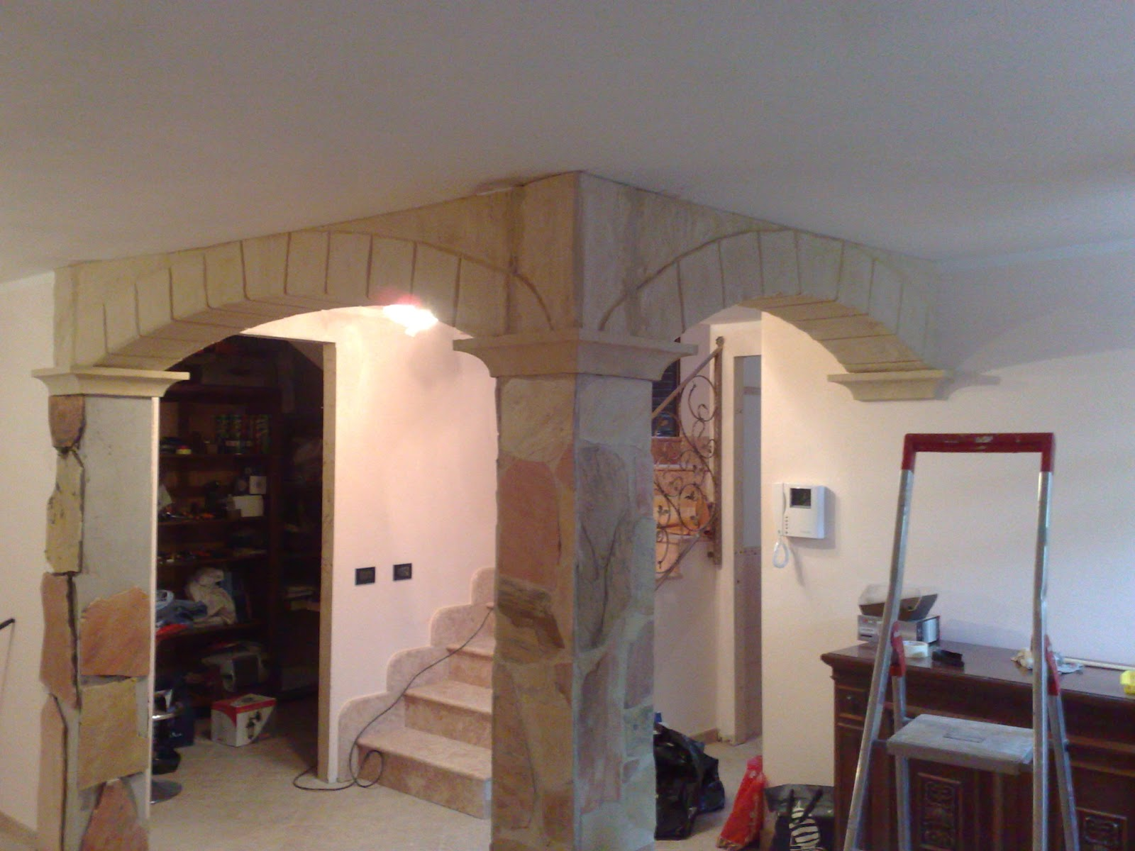 Pannelli isolanti decorativi - Sassi decorativi per interni ...