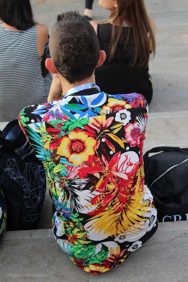 como-una-aparición-street-style-colombiamoda-2015-fashion-men-style-floral-print-summer-street-looks-moda-en-la-calle-colombian-bloggers-blogges-colombianos