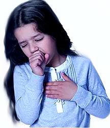Foto de niña con tos o niña toceando
