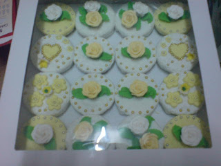 Hantaran Cupcake (Fondant)