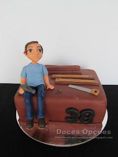 Bolo para o aniversário do carpinteiro Sérgio