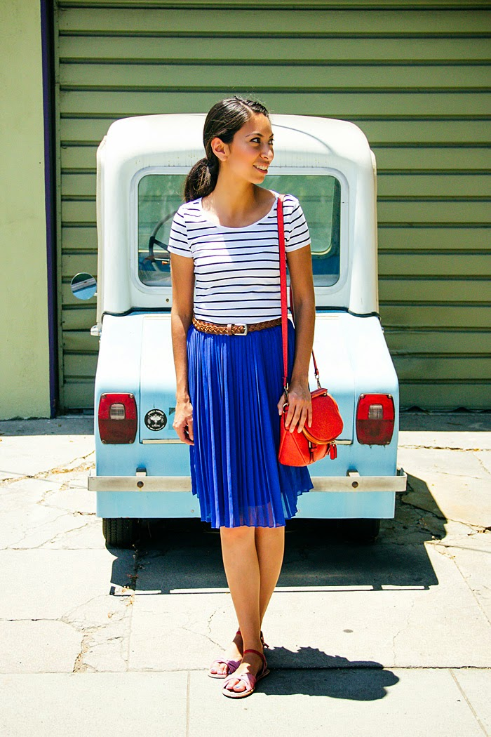 stripe tshirt, blue pleated skirt