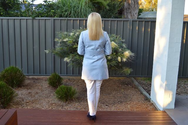 Sydney Fashion Hunter White Pants Outfit