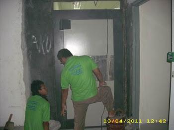pemasangan pintu kluis 70mm di Cilengsi Bogor