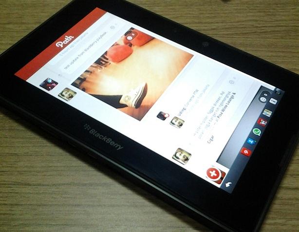 ... blackberry tertentu yang bisa download aplikasi path for blackberry