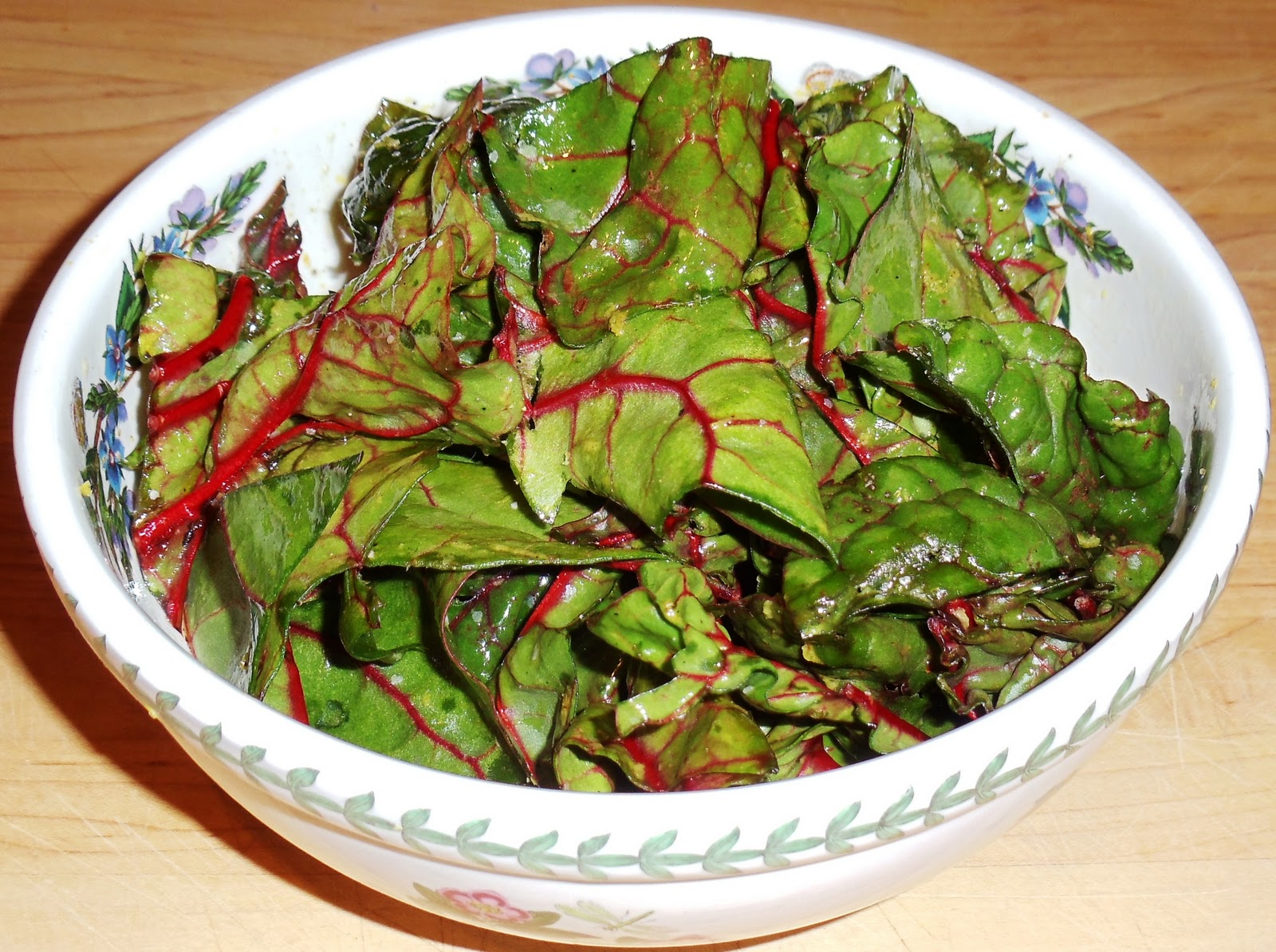 Sandra's Alaska Recipes: SANDRA'S CRISPY RED CHARD CHIPS