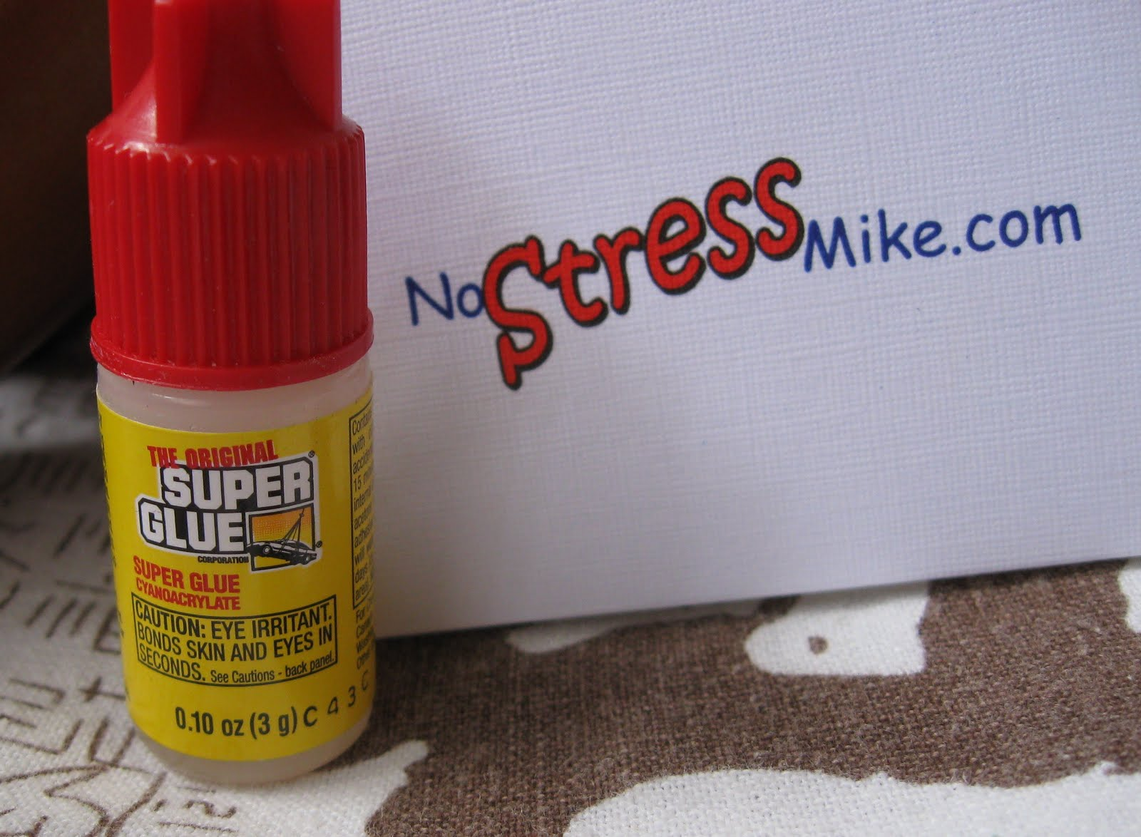 Pictures of super glue The 2 Best Ways to Get Super Glue Off Skin - wikiHow