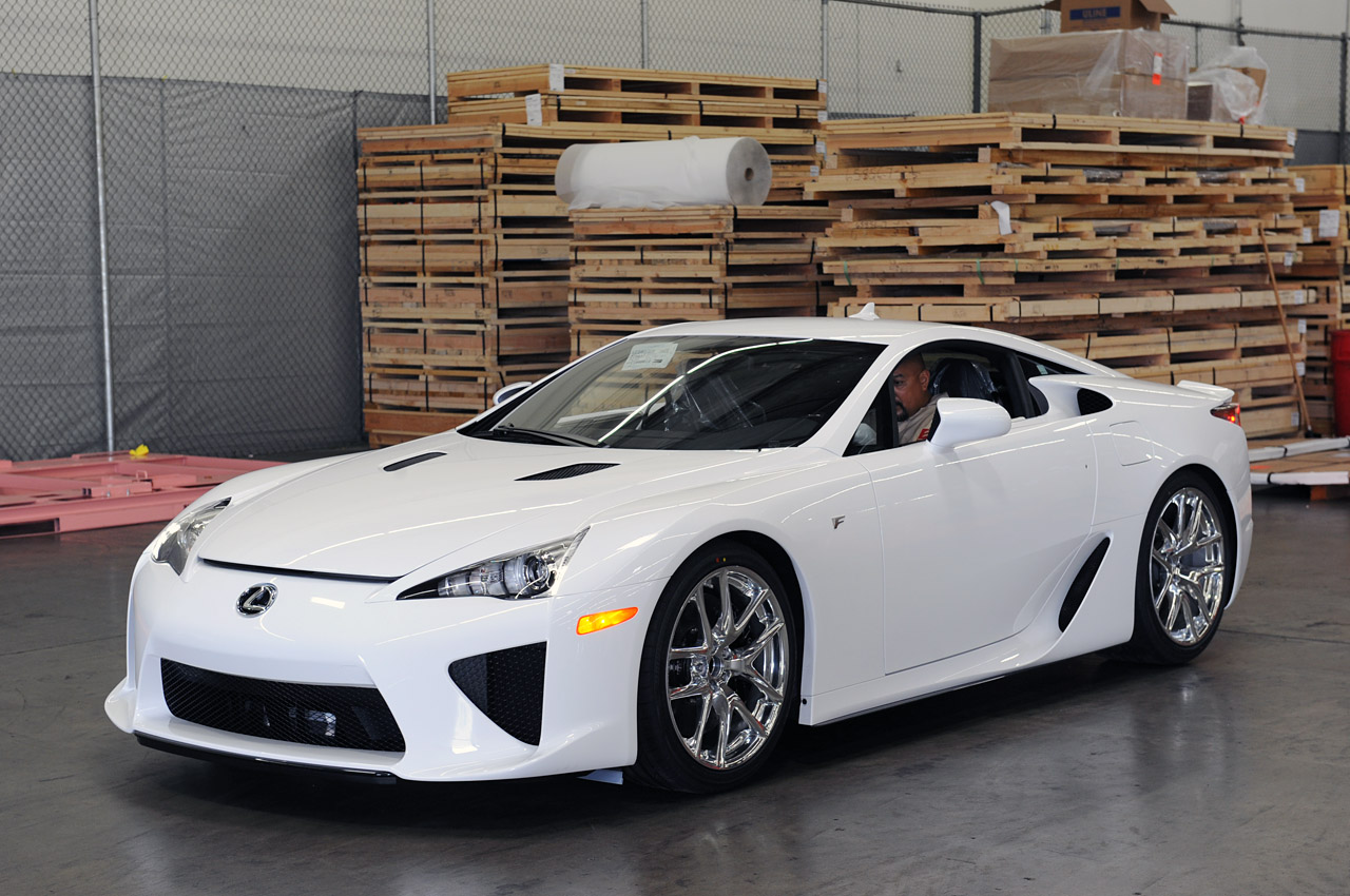 new lexus lfa design specs review   auto car reviews