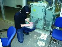 Cara Perentas Mencuri Data Kartu Kredit