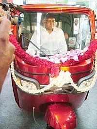 New Auto Rickshaw from TVS-8