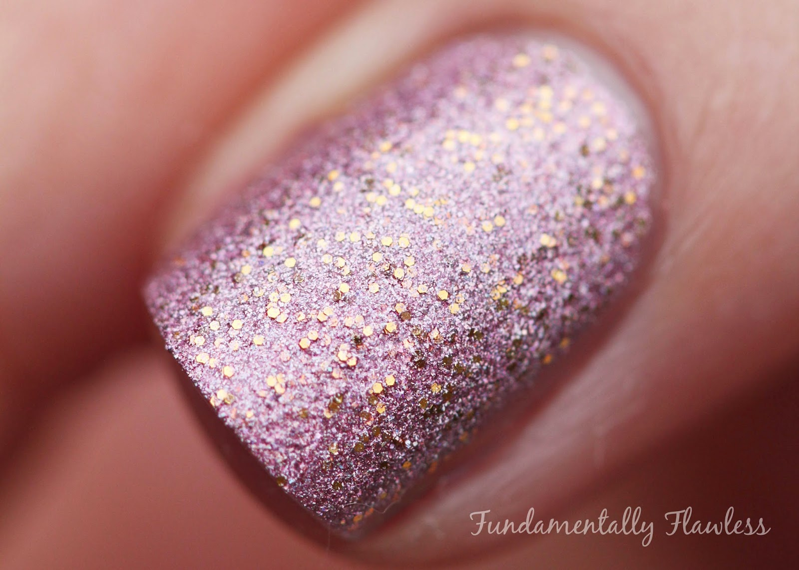 Tami Beauty Gleneagles Glamour macro swatch