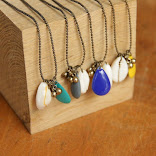 COLLIERS (necklaces)