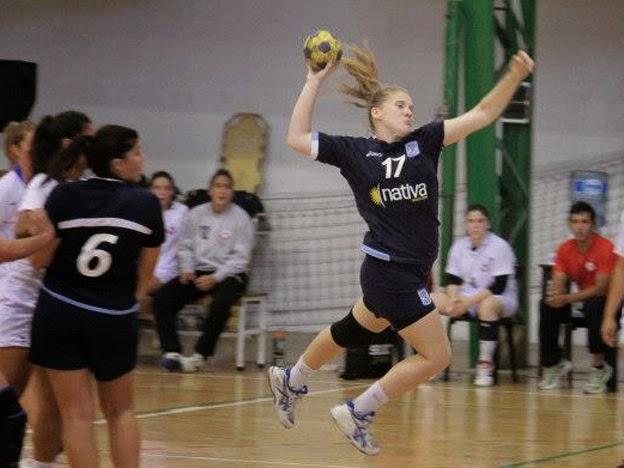 Natalia Vico operada con éxito de la rodilla | Mundo Handball