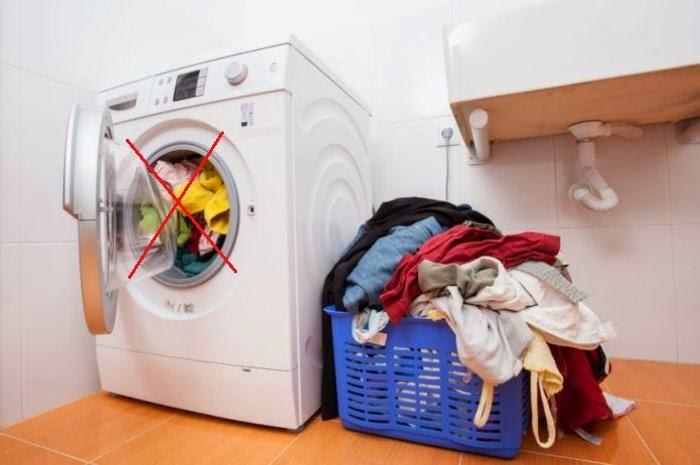 giặt ủi quá tải ko những không tiết kiệm mà còn làm nhăn quần áo