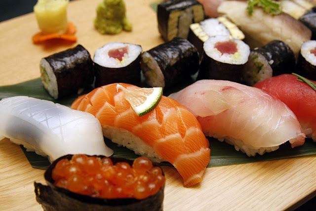 Diamond Hotel's Yurakuen Japanese Restaurant Sushi Platter