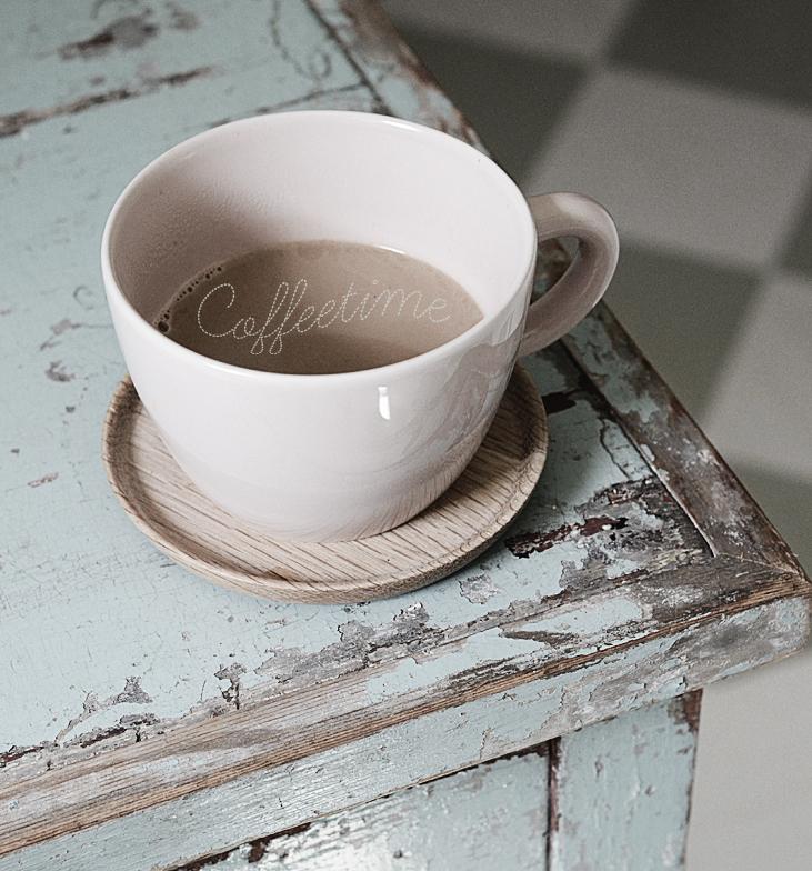 kaffe, coffee, rutigt golv, vintage, patina, slitna möbler, sliten bänk, sliten byrå, turkos byrå