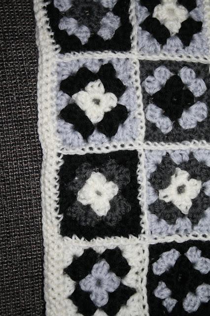 Hæklet baby tæppe uld bedstemorfirkanter mormorfirkanter