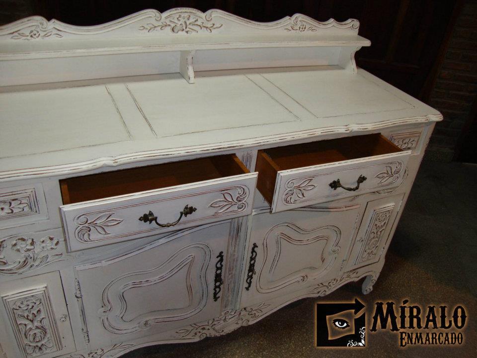 Fotos muebles antiguos patinados for Fotos de muebles antiguos restaurados