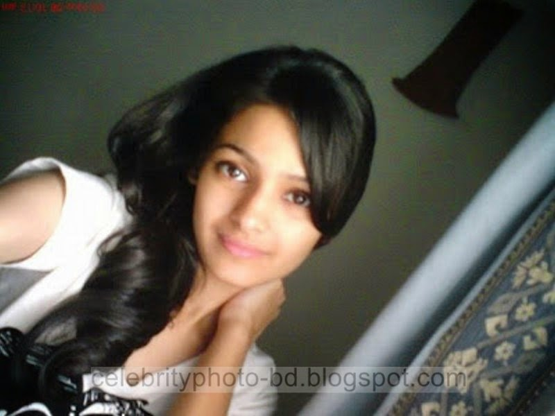 Pakistani+Cute+Girl+Maria+Photos+Album002