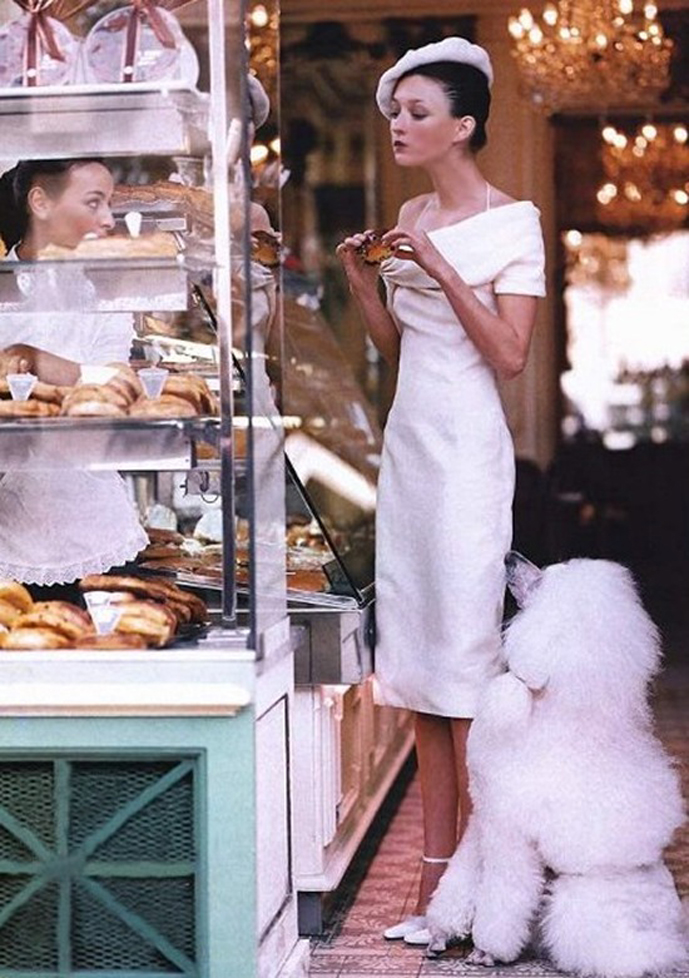 Audrey Marnay in Vogue US March 1999 (photography: Arthur Elgort)