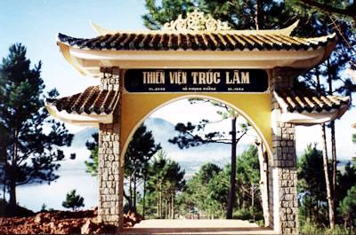 45201629 truc lam 02 Thiền viện Trúc lâm   Nét tĩnh lặng của du lịch Đà Lạt