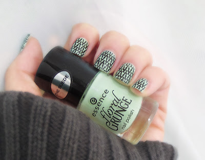 Stamping on Essence Grunge me Tender