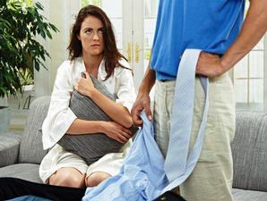 Alasan Mengapa Wanita Selalu Bertahan Dalam Hubungan Yang Buruk