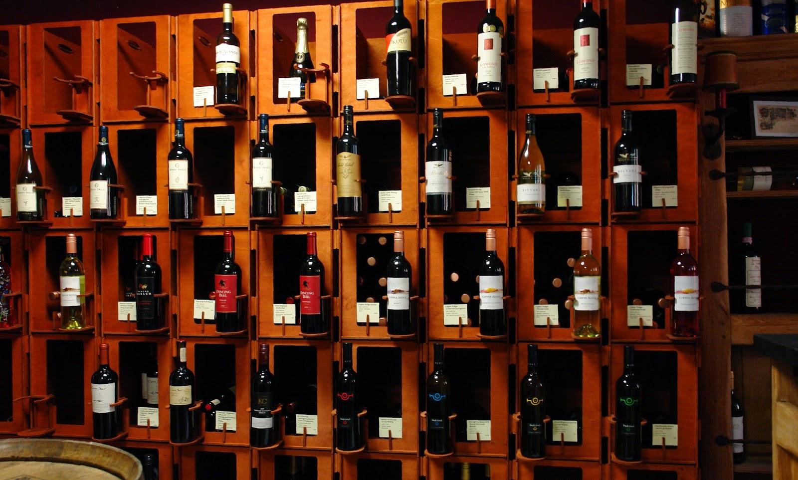 Weinregal aus weinkisten  Weinregale aus Holz