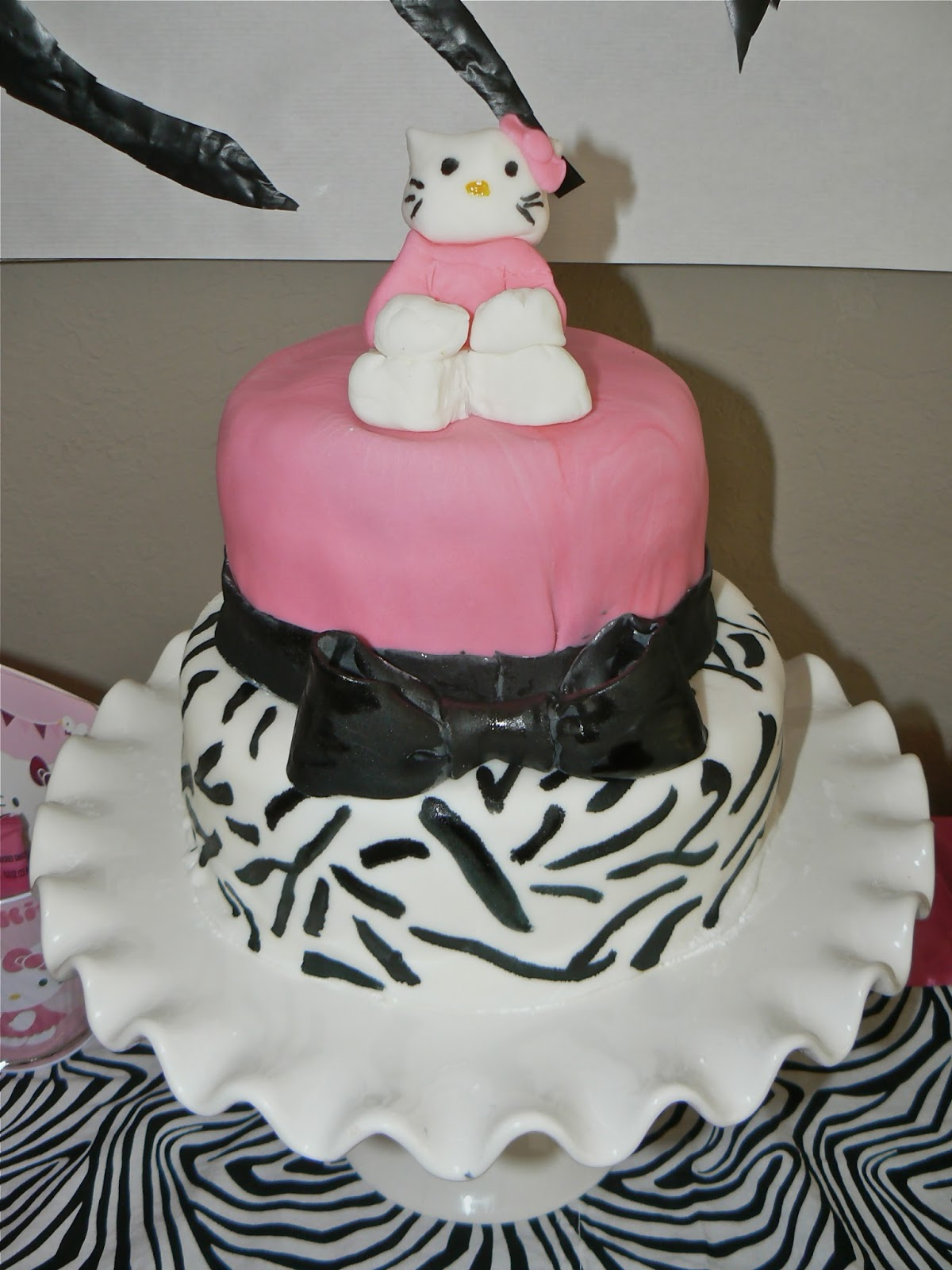 Creative Cakes by Christie Hello Kitty Cake