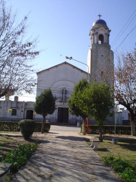 http://4.bp.blogspot.com/-pvPZ2xJLrgk/T6F_-s1bYBI/AAAAAAAAAAM/j5DgmrsFY_E/s1600/iglesia+4.jpg