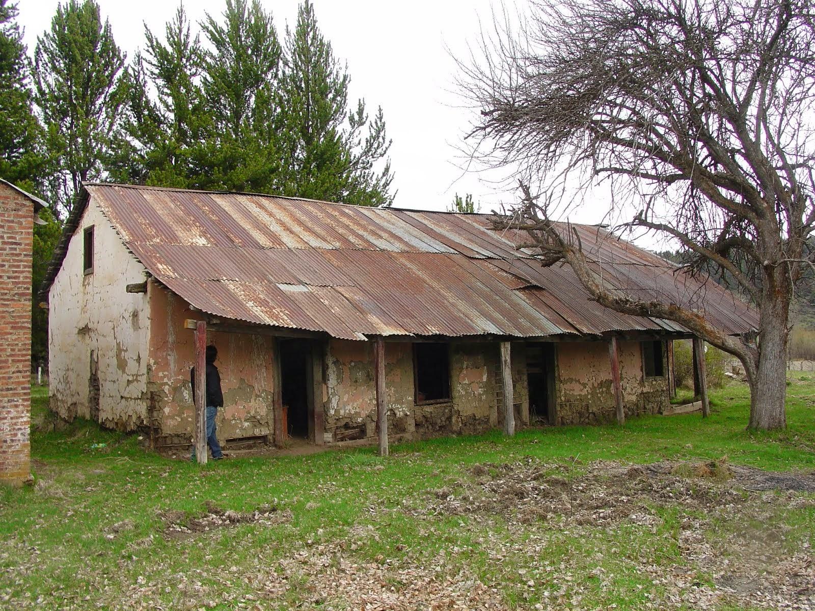 Nieta de Acheritobehere testimonia que su Abuelo fuen quien construyo la Primer Escuela de Cholila
