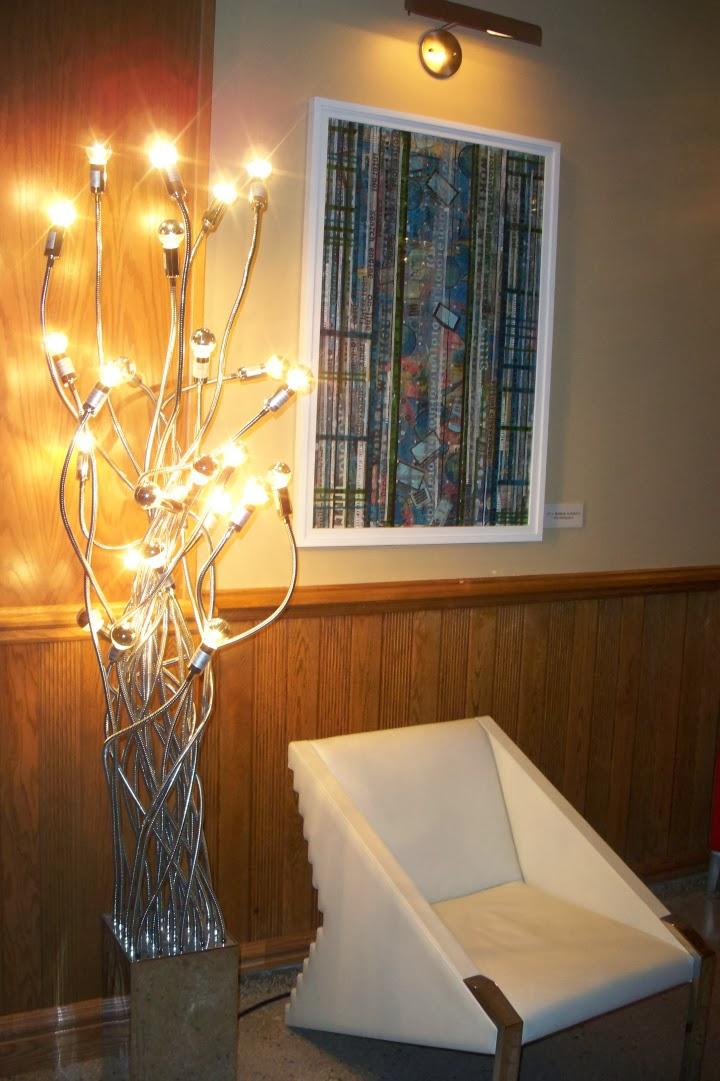 Retro Suites, lobby, light fixture, Chatham Ontario, tourist attraction, hotel, inn
