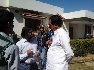 Jyoti Kothari talking to Namo Narain Meena Indian finance Minister (State)