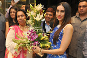 Neeru Kumar Label launch by Karishma Kapoor-thumbnail-4