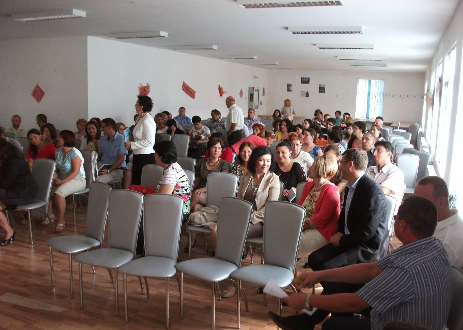 Aspecte de la consfătuirea profesorilor de Istorie din Neamţ, 12.09.2014...