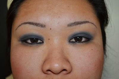 symmetrical eyebrows