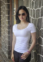 Elli Avram Looks amazing in white top lovely beauty