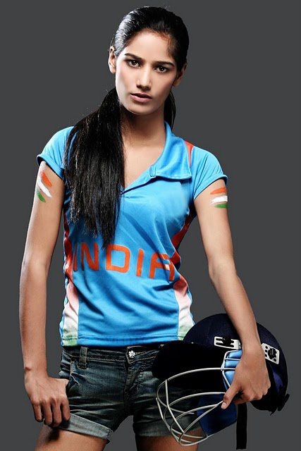 Poonam_Pandey_Nude_World_Cup_Match_India_Win