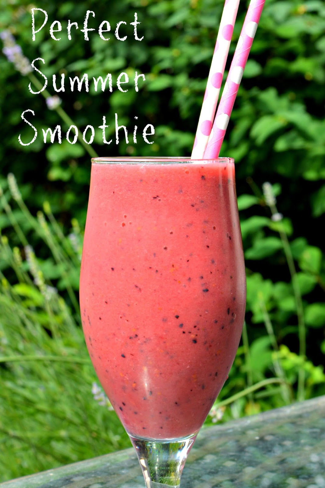 banana and berry summer smoothie recipe
