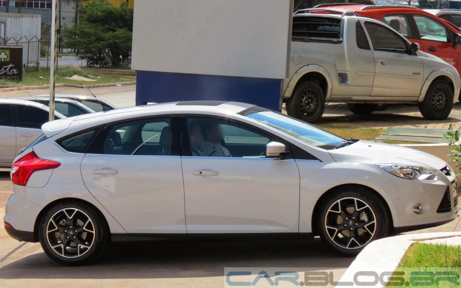 Novo Ford Focus 2014 - branco