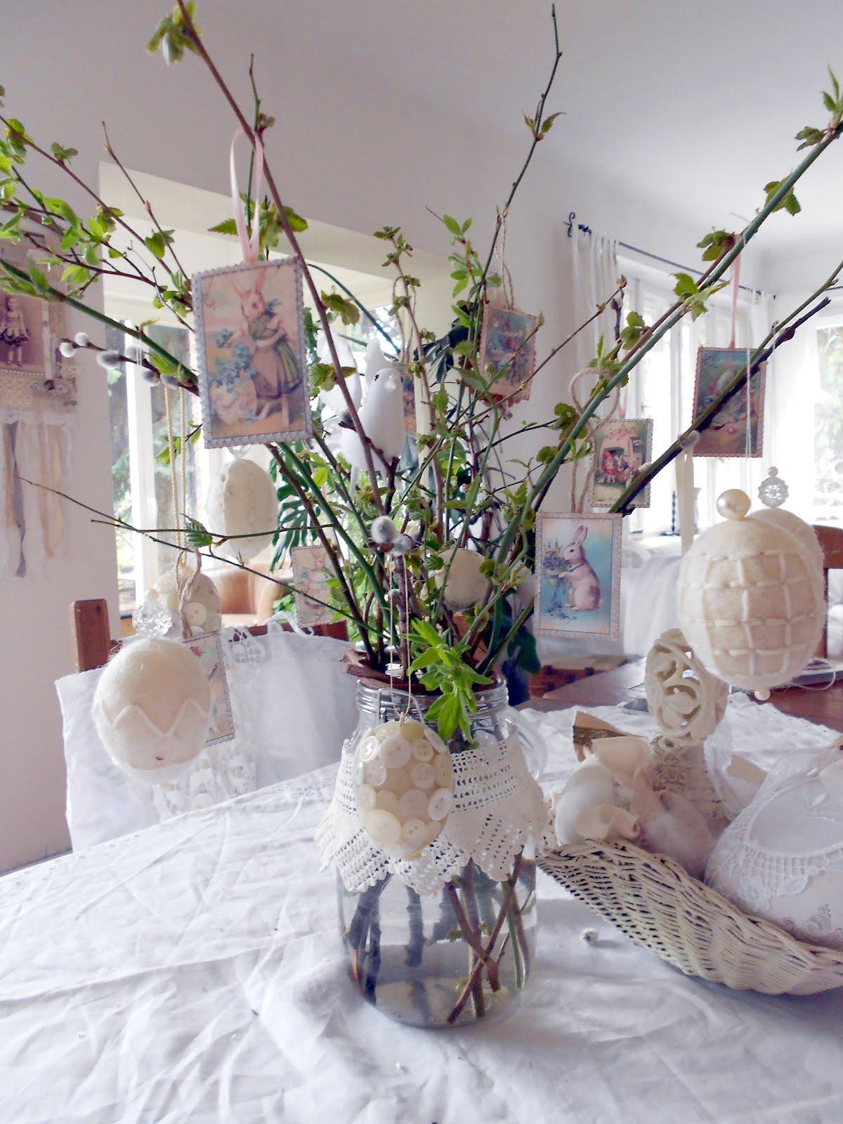 vintagesavonette ostern in der vase easter bouquet. Black Bedroom Furniture Sets. Home Design Ideas