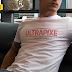 Freebie #93 | Mock-up de Camiseta