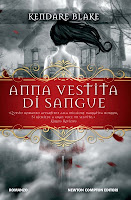 http://www.booksinthestarrynight.blogspot.it/2014/11/recensione-anna-vestita-di-sangue-di.html