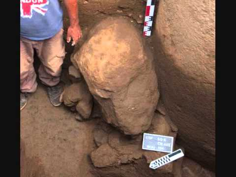 Easter Islanders Find Strange Buried Head With Almond Shaped Eyes Hqdefault%2B%25287%2529
