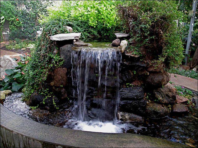 Garden ponds and garden waterfalls landscaping for Garden rock waterfall fountain